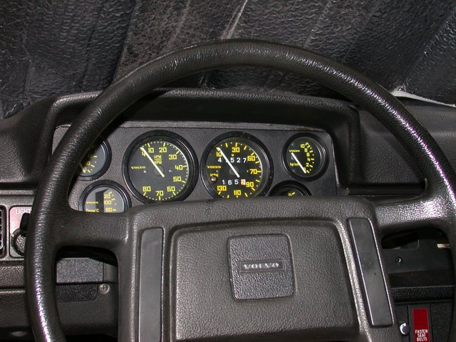 Volvo 240 Instrument Cluster - Thats The R Sport Cluster Im Sorta Old School About Such But Its Still One Of My Favorites Reminds Me Of The Porsche Too The Early Ones - Volvo 240 Instrument Cluster